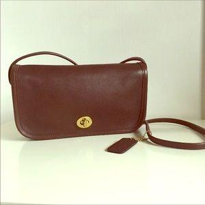 Vintage Coach Brown Dinky Bag